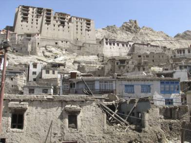 Demolition of Kamal Khan House in old Leh