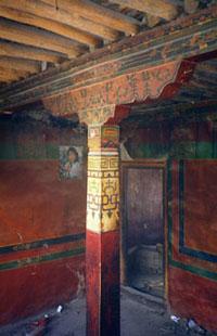 Interior timber frame Trapchi Shar House, Lhasa (Alexander 1996)