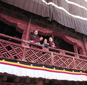 Yutaka, Pimpim, Matthew and Andre in the Potala Palace