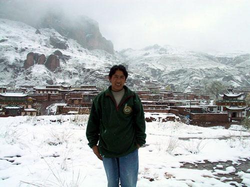 Lobsang at Ragya monastery, Golok