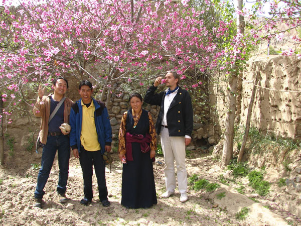 Spring in Amdo, Lobsang with Andre and Yutaka