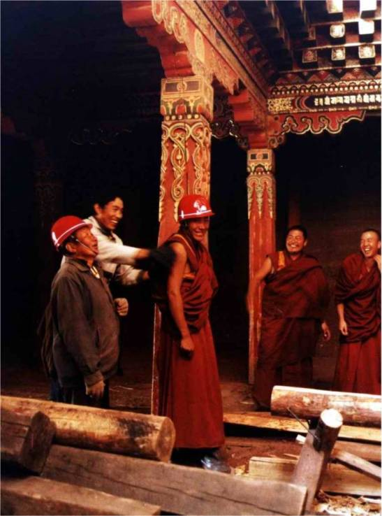 Ragya Monastery, the day the safety helmet arrived