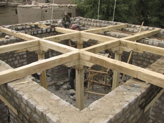 View of the wooden structure.