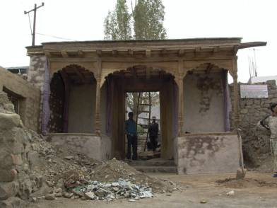 Tehsildar hgate in advanced state of restoration 2008