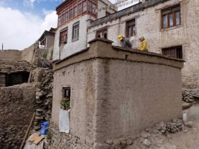 Kungyam-pa Khangsar house parapet and roof repair.