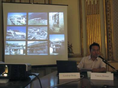 Lundup Dorje delivers paper at Heritage Seminar in Napoli