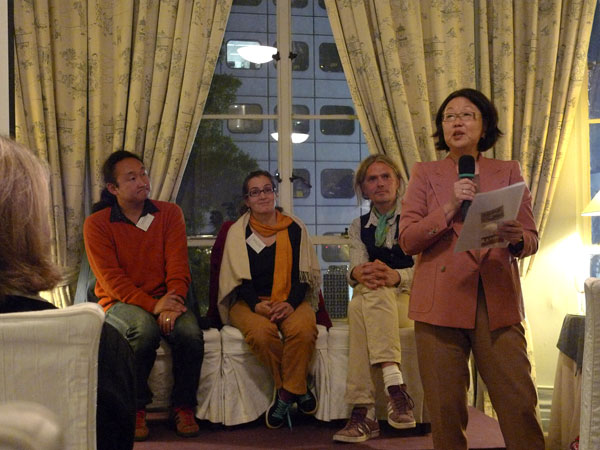 Long-time THF friend and supporter in HK, Mrs. Virginia Yee makes an announcement during THF's Asia Society presentation Nov.24