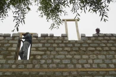 Tibetan-style stone masonry