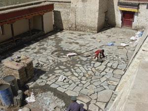 Gonpa Soma courtyard during THF paving 2008